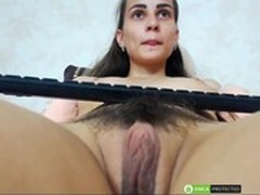 Large Labia Hd