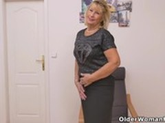 Hot MILF, Hot Mom Son, milf Women, Next Door Neighbor, Perfect Body