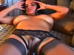 Office Lady, Undressing