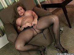 Sexy Cougars, Hd, Hot MILF, Hot Pants, older Women, Milf, Nylon, Pantyhose, Big Cock Tight Pussy, gym, Yoga Pants, Aged Whores, Mature Hd, Perfect Body Hd
